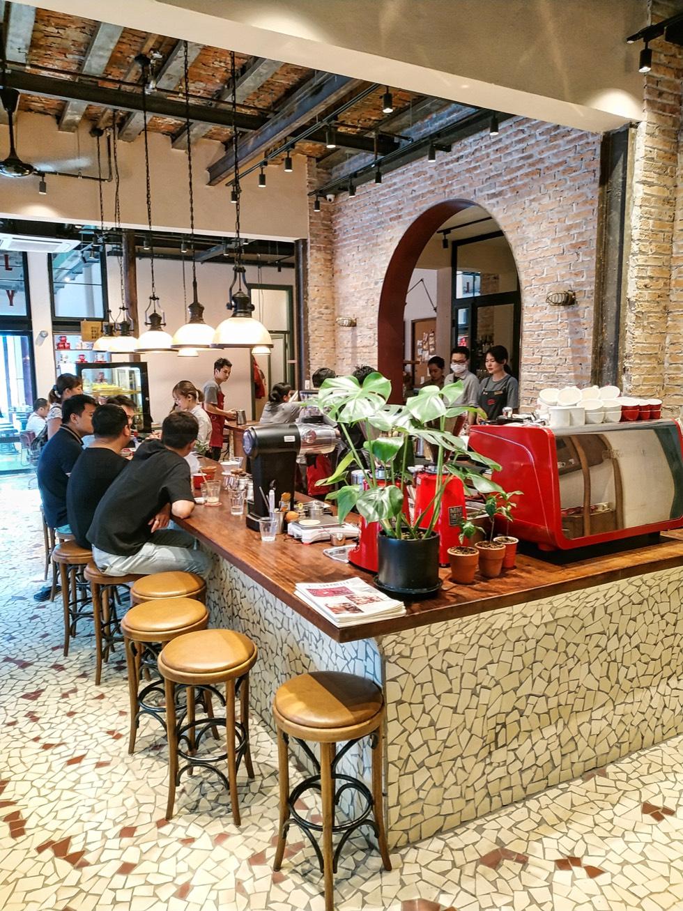 All Day Coffee Interior