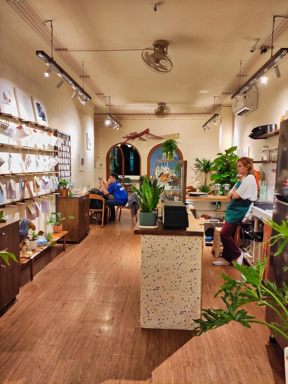 Hôm Nay Cafe Interior
