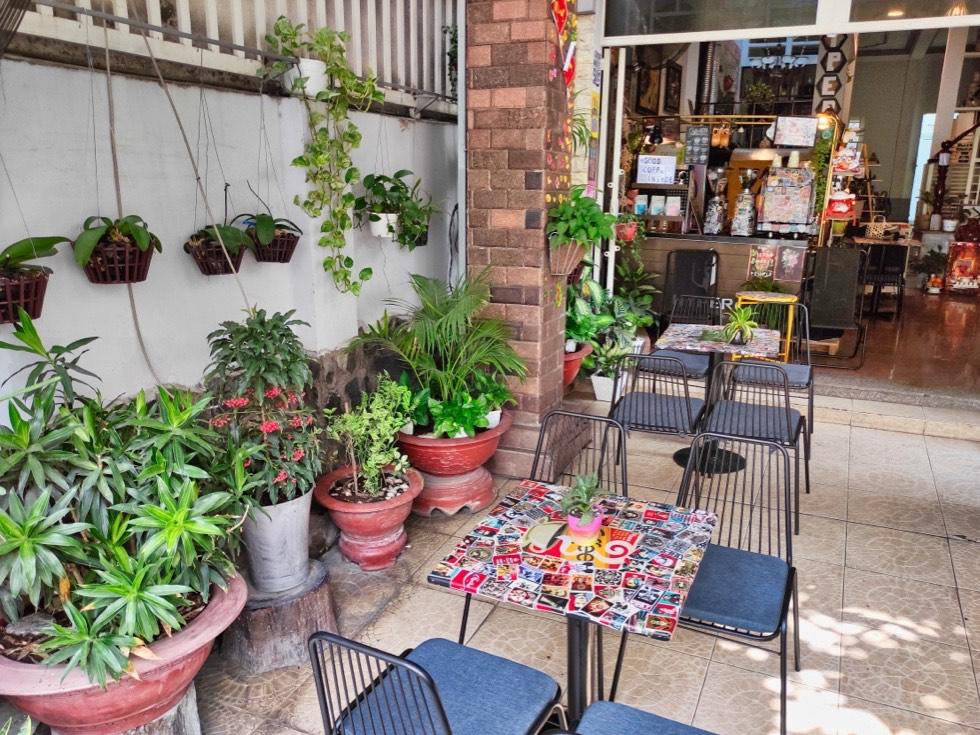 Hyper Coffee Roastery Outdoors