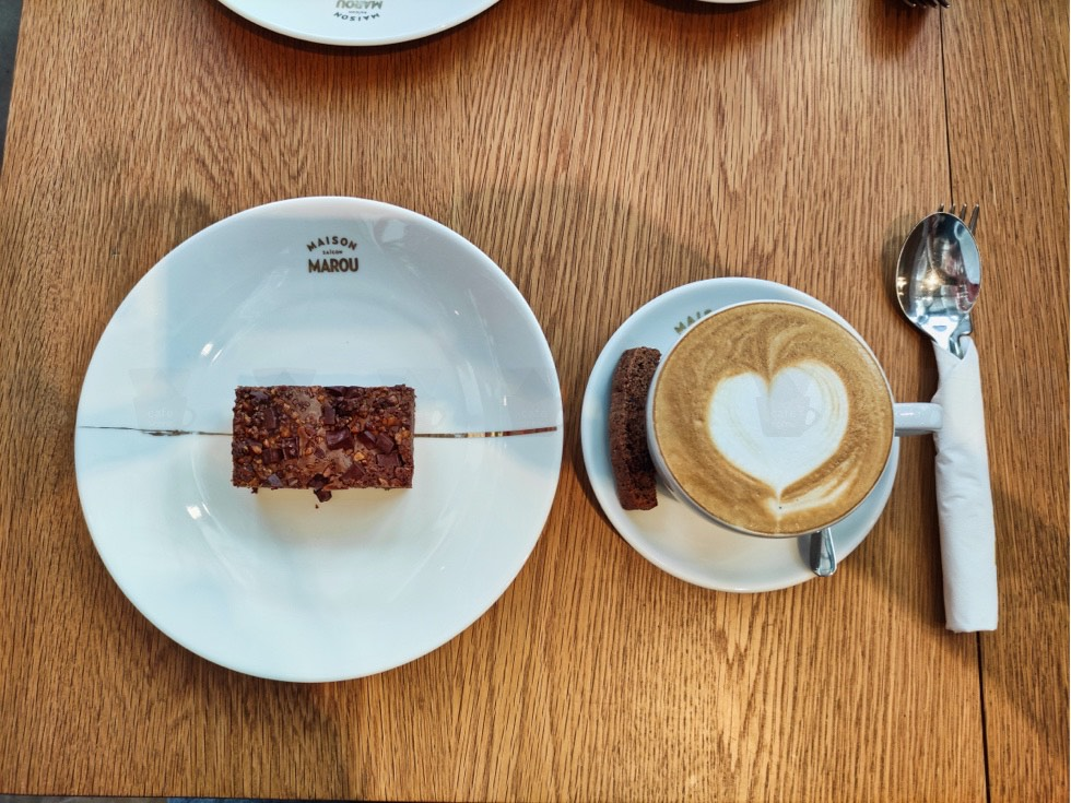 Maison Marou Coffee and Brownie