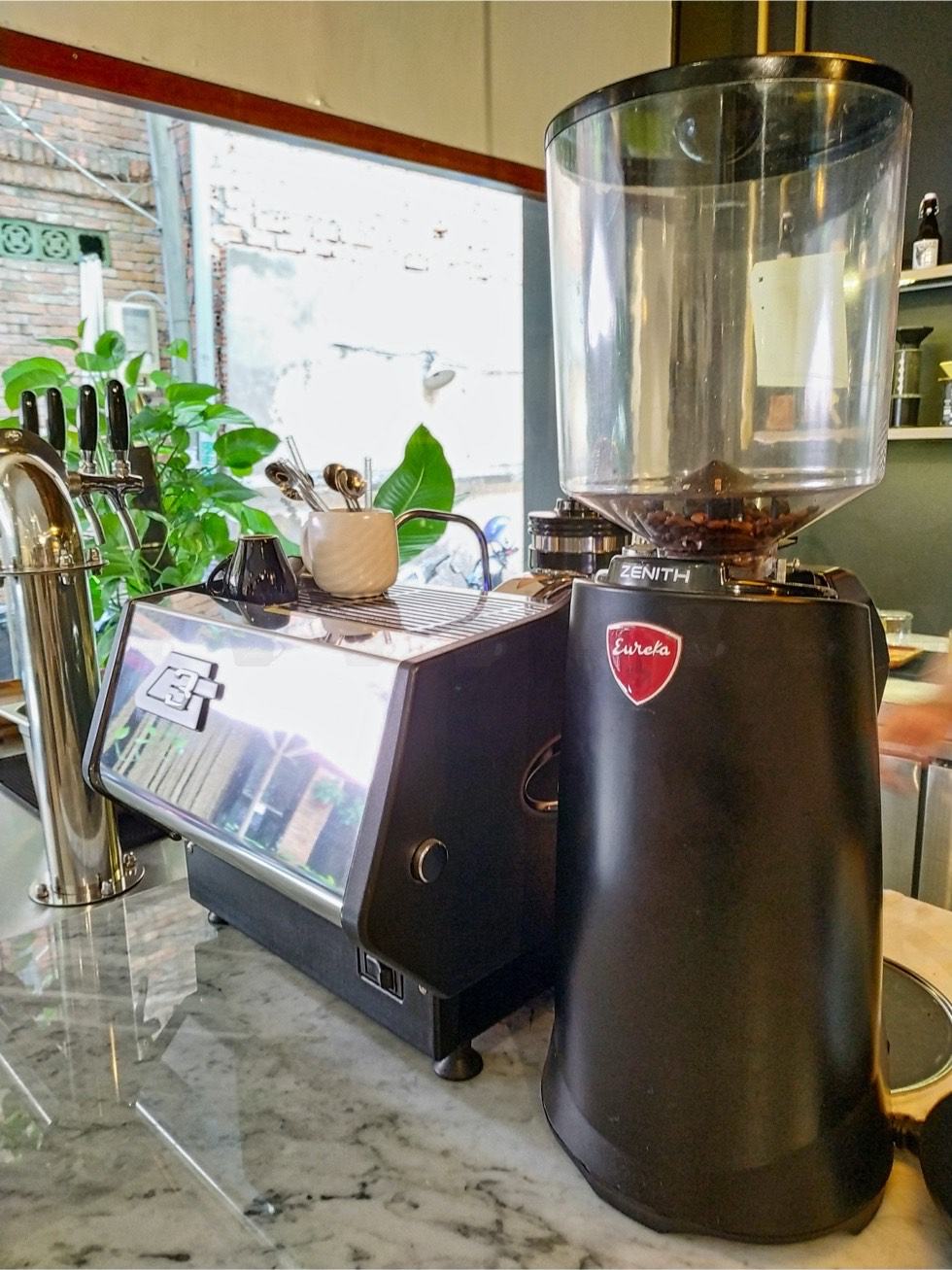 Nomad Cold Brew Coffee Machines