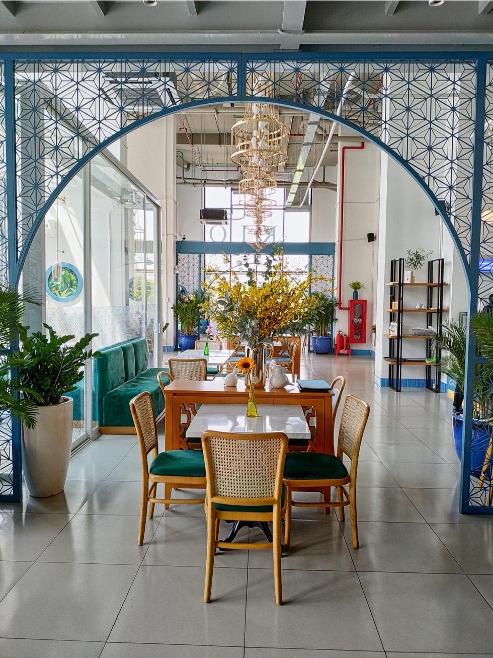 Rio Cafe Arches
