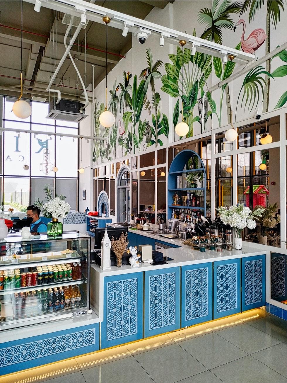 Rio Cafe Counter