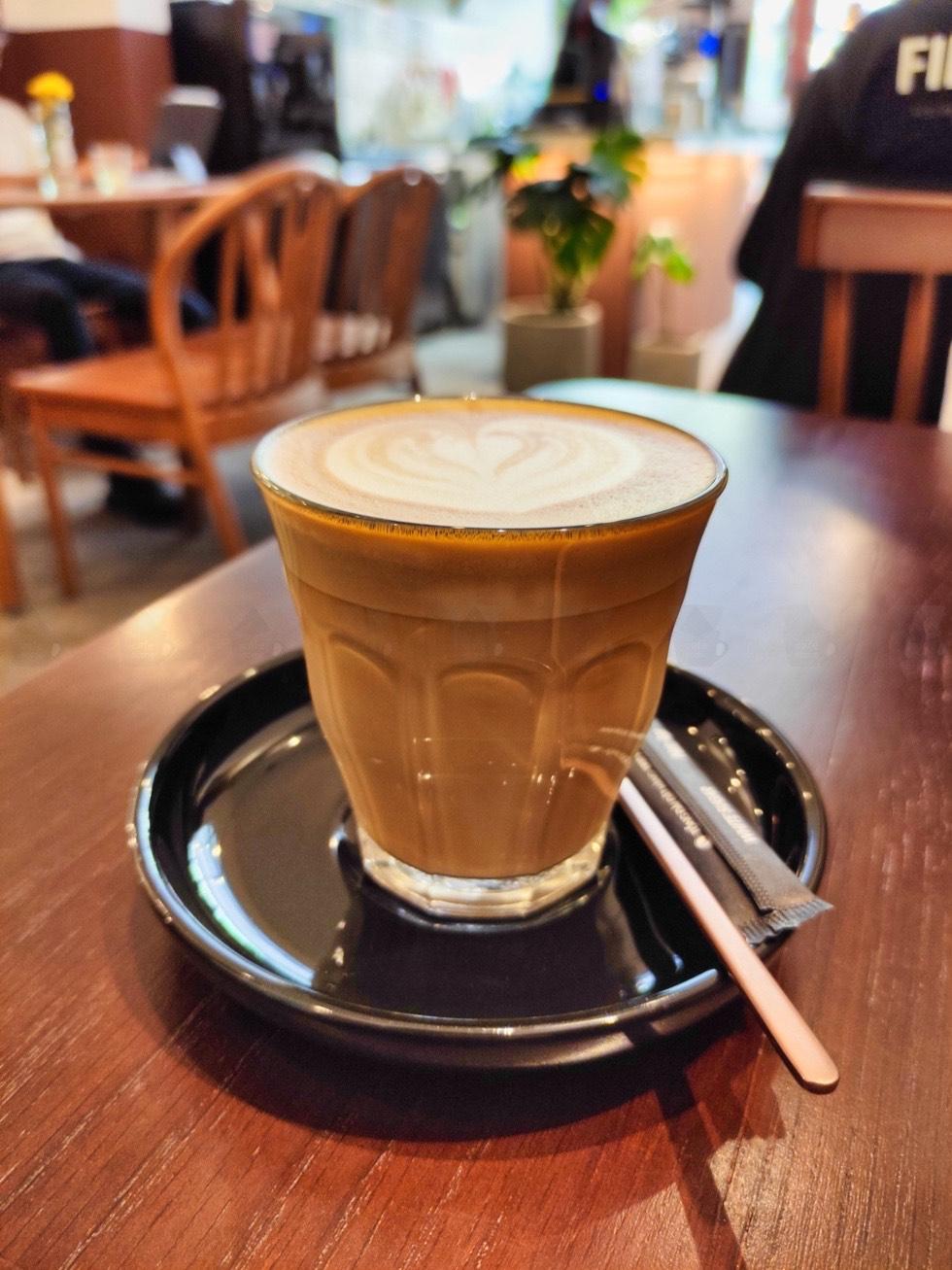 Silie Cafe Closeup