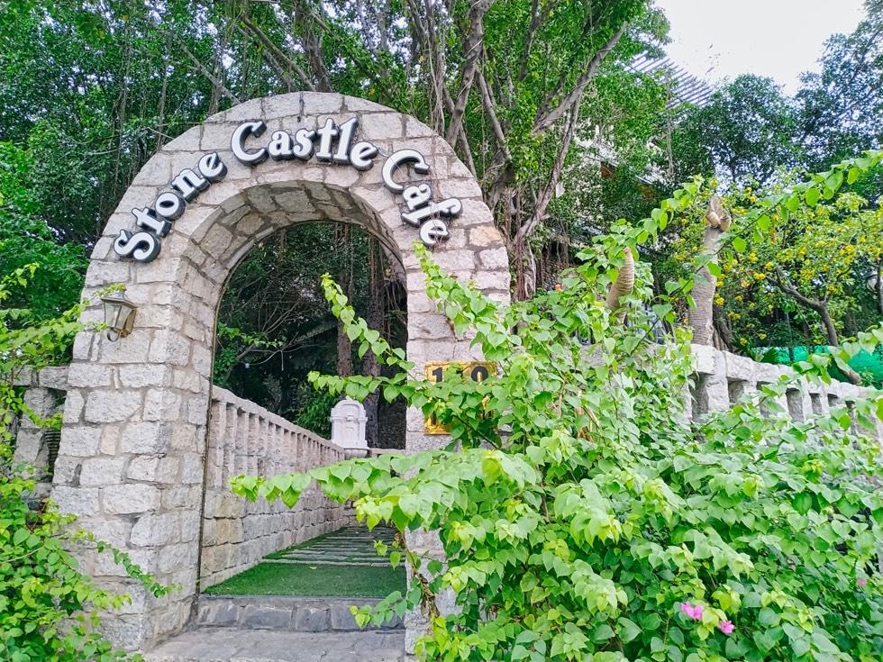 Stone Castle Cafe Entrance